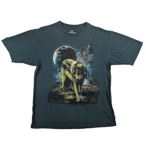 Howling Wolf  Graphic  T-Shirt
